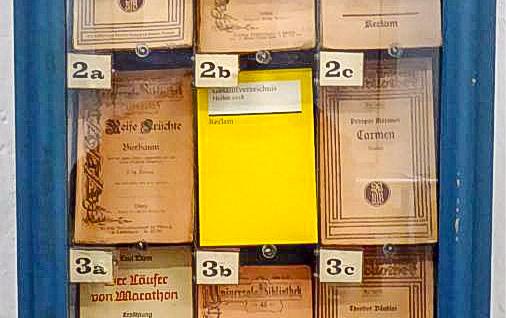 Bücher aus dem Automaten...
